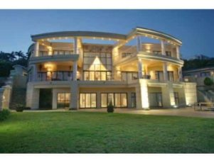luxury africa real estate