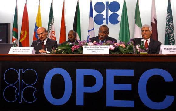 OPEC meets non-OPEC nations aiming to build support for an OPEC plan to reduce output a day after members were unable to agree on how to curb oil output