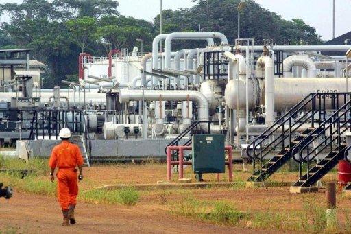gabon oil worker