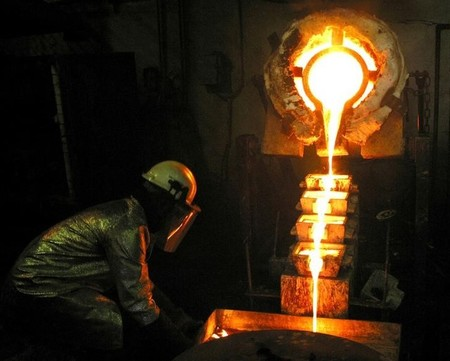 Tanzanian gold miner Acacia to review operations if export ban persists